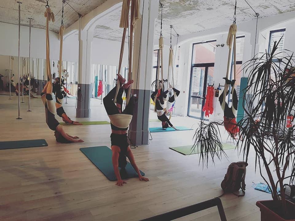 Yoga-aerien-cours