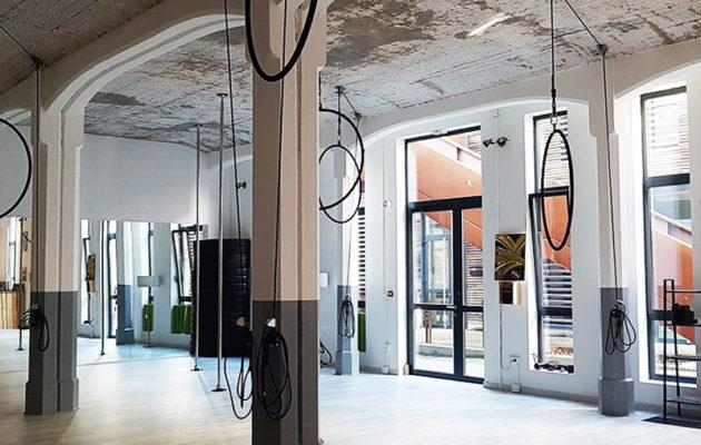Studio Cocoon Mulhouse - Cours de Yoga Aérien